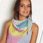 Veelkleurige gehaakte sjaal